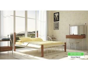 Кровать Кассандра на деревянных ножках
